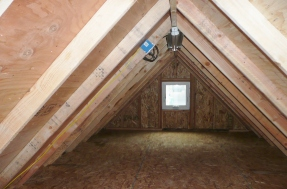 Storage attic in Standard Gable garage